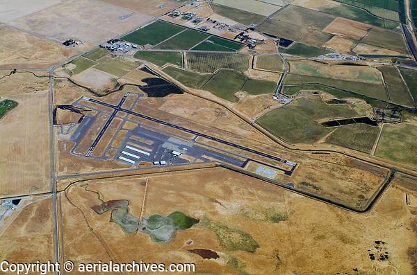 aerial photograph of Rio Vista Airport (O88), Solano County, California