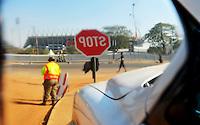 Il Royal Bafokeng Stadium di Rustenburg riflesso nello specchietto di un'auto.USA Ghana 1-2 - USA vs Ghana 1-2.Ottavi di finale - Round of 16 matches.Campionati del Mondo di Calcio Sudafrica 2010 - World Cup South Africa 2010.Royal Bafokeng Stadium, Rustenburg, 26 / 06 / 2010.© Giorgio Perottino / Insidefoto .
