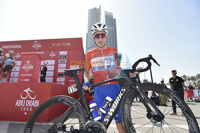 Race leader Red Jersey holder Elia Viviani (ITA) Quick-Step Floors at sign on before the start of Stage 3 of the 2018 Abu Dhabi Tour, Nation Towers Stage running 133km from Nation Towers to Big Flag, Abu Dhabi, United Arab Emirates. 23rd February 2018.<br /> Picture: LaPresse/Fabio Ferrari | Cyclefile<br /> <br /> <br /> All photos usage must carry mandatory copyright credit (© Cyclefile | LaPresse/Fabio Ferrari)