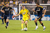 26 SEPTEMBAR 2009: #33 Chris Birchall of the LA Galaxy, #10 Alejandro Moreno, Columbus Crew forward and #21 Alan Gordon of the LA Galaxy  during the Los Angeles Galaxy at Columbus Crew MLS game in Columbus, Ohio on May 27, 2009.
