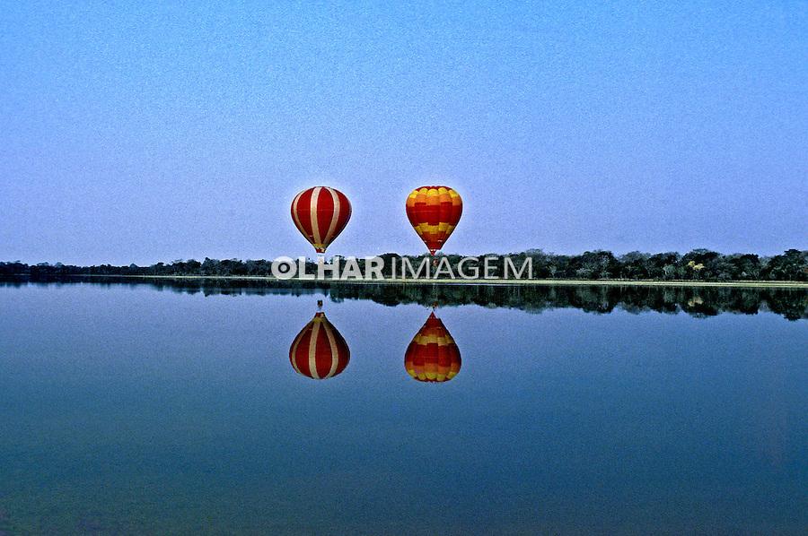Balonismo no Parque Nacional do Pantanal Matogrossense. Mato Grosso. Foto de Ricardo Azoury.