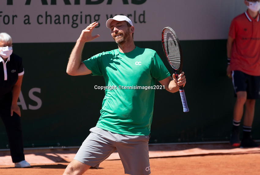 Paris, France, 1 june 2021, Tennis, French Open, Roland Garros, First round doubles match:  Arevalo and Matwe Middelkoop (NED) <br /> Photo: tennisimages.com
