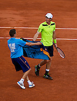 France, Paris, 04.06.2014. Tennis, French Open, Roland Garros,  Andy Murray (GRB) gets a towel from a ballboy<br /> Photo:Tennisimages/Henk Koster