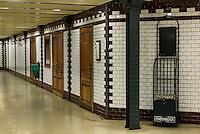 U-Bahn M1, Földalatti unter der Andrássy ut, Station Vörösmarty tér, Budapest, Ungarn, UNESCO-Weltkulturerbe