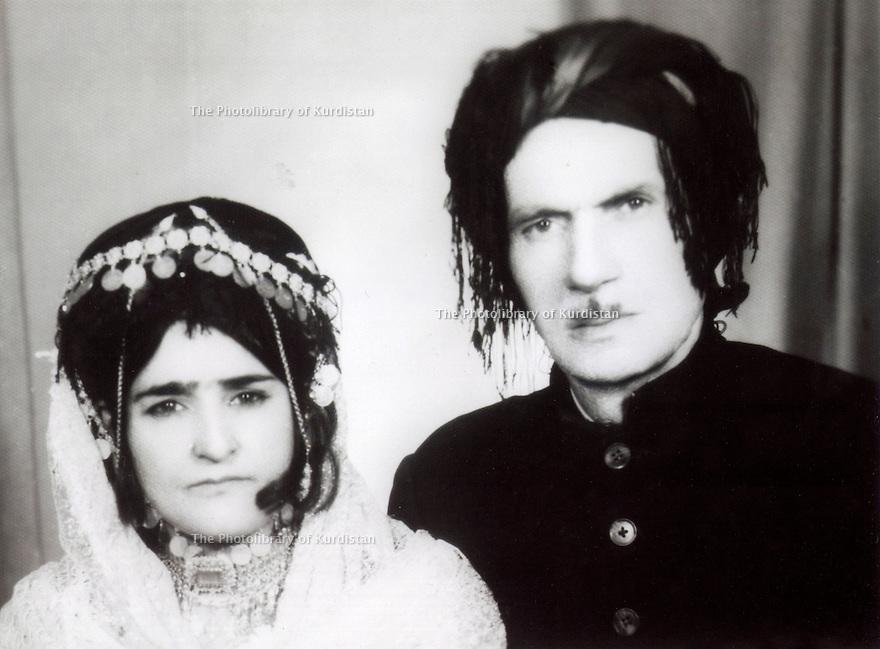 Iran 1962  A Kurdish couple: Fatmeh and Ibrahim Ghassemlou, parents of Soheila Ghassemlou  <br /> <br /> Iran 1962 Un couple kurde, Fatmeh et Ibrahim Ghassemlou, parents de Soheila Ghassemlou