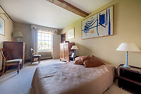 BNPS.co.uk (01202) 558833.<br /> Pic: CarterJonas/BNPS<br /> <br /> Pictured: Bedroom. <br /> <br /> The former family home of Lord of the Flies author William Golding has gone on sale for £1m.<br /> <br /> The Grade II Listed cottage on a green in Marlborough is said to have inspired some of the Nobel Prize winning writer's work.<br /> <br /> His parents Alec, a teacher, and Mildred, a suffragette, bought the house and moved there in 1905, when Mr Golding obtained a job at the town's grammar school.<br /> <br /> Sir William was born in 1911 and he and his brother lived in the property and its location influenced his writing. He wrote of the property: 'Our house was on the green, that close like square, tilted south'.