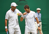 England, London, Juli 06, 2015, Tennis, Wimbledon, Mens doubles: Horia Tecau (ROU) and his partner Jean-Julien Rojer (NED) (R)<br /> Photo: Tennisimages/Henk Koster