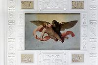 Ganymed wird von Zeus entführt, Deckengemälde im Wörlitzer Schloss, Parkanlage Wörlitzer Garten, Sachsen-Anhalt, Deutschland, Europa, UNESCO-Weltkulturerbe<br /> Ganymedekidnapped by Zeus, ceiling painting n Wörlitz Palace, Wörlitz Gardens, Saxony-Anhalt, Germany, Europe, UNESCO-World Heritage