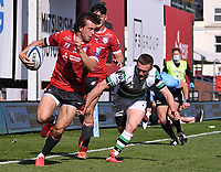 24th April 2021; Kingsholm Stadium, Gloucester, Gloucestershire, England; English Premiership Rugby, Gloucester versus Newcastle Falcons; Lloyd Evans of Gloucester goes round Brett Connon of Newcastle Falcons to score a try