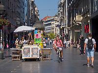Straßenkünstler, Fußgängerzone Knez Mihailova -Prinz-Michael-Straße, Belgrad, Serbien, Europa<br /> Streetartist, pedestrian area Knez Mihailova, Belgrade, Serbia, Europe