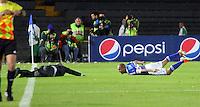 BOGOTA - COLOMBIA - 15  -06 -2013: Mayer Candelo  jugador de Millonarios , celebra su gol contra Once Caldas  durante partido en el estadio Nemesio Camacho El Campín   de la ciudad de Bogotá , junio 15  de 2013. partido correspondiente a los cuadrangulares semifinales F 1  de la Liga Postobon I. (Foto: VizzorImage / Felipe Caicedo / Staff). Mayer Candelo Millonarios player, celebrates his goal against Once Caldas during party in the stadium Nemesio Camacho El Campin in Bogota, June 15, 2013. homer game in the semifinals of the League F1 Postobón I <br /> VizzorImage / Felipe Caicedo / Staff