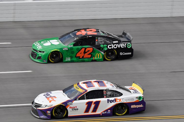 #11: Denny Hamlin, Joe Gibbs Racing, Toyota Camry FedEx Express, #42: Ross Chastain, Chip Ganassi Racing, Chevrolet Camaro Clover