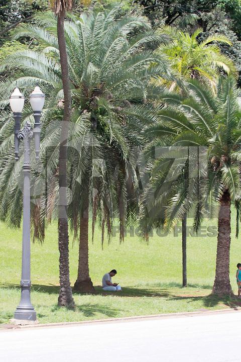 SÃO PAULO,SP 20.02.2016 - CLIMA-SP - Parque da Independencia no bairro do Ipiranga zona sul da capital neste sábado, 20. (Foto: Carlos Pessuto/Brazil Photo Press)