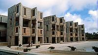 Louis I. Kahn: Salk Institute, La Jolla. North wing. Brutalist architecture.Photo 2004.