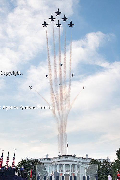 Salute to America 2020<br /> <br /> U.S. Air Force Thunderbirds perform a Delta Burst joined by the U.S. Navy Blue Angels above the White House Saturday evening, July 4, 2020, during the Salute to America 2020, Fourth of July at the White House celebration. (Official White House Photo by Carlos Fyfe)