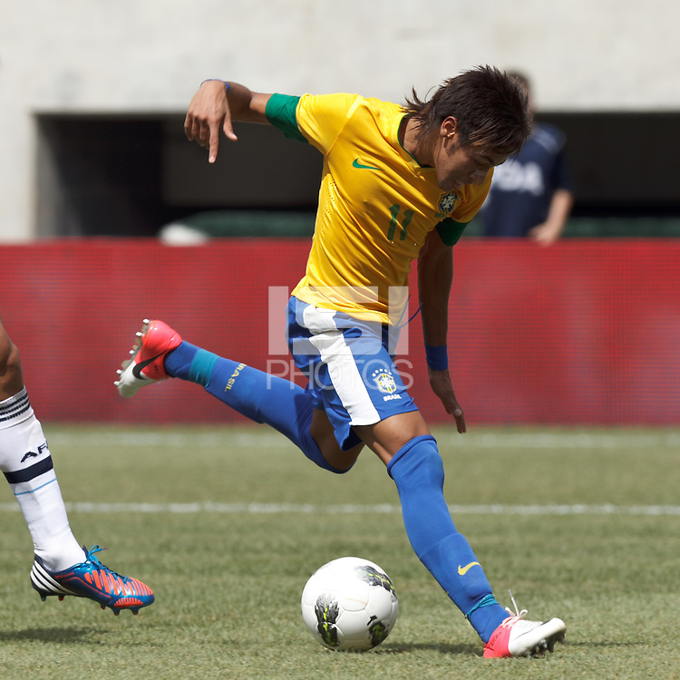 Brazil forward Neymar (11) drives for the net. In an international friendly (Clash of Titans), Argentina defeated Brazil, 4-3, at MetLife Stadium on June 9, 2012.