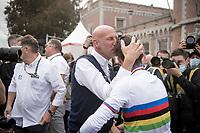 Julian Alaphilippe (FRA/Deceuninck - Quick Step) is hugged by Deceuninck-Quickstep DS Geert Van Bondt<br /> <br /> Elite Men World Championships - Road Race<br /> from Antwerp to Leuven (268.3km)<br /> <br /> UCI Road World Championships - Flanders Belgium 2021<br /> <br /> ©kramon