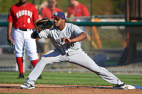 Mahoning Valley Scrappers first baseman Emmanuel Tapia (28) stretches for a throw during a game against the Auburn Doubledays on June 19, 2016 at Falcon Park in Auburn, New York.  Mahoning Valley defeated Auburn 14-3.  (Mike Janes/Four Seam Images)