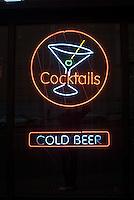 Neon Cocktails sign<br />