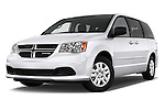 Stock pictures of low aggressive front three quarter view of 2018 Dodge Grand-Caravan SE 5 Door Minivan Low Aggressive