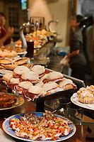 Europe/Espagne/Guipuscoa/Pays Basque/Saint-Sébastien: Bar à Tapas