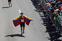 BOGOT� -COLOMBIA, 29-07-2018: Aspecto de los participantes en la media maratón de Bogotá 2018, mmB. Con sus tradicionales 21km, en esta ocasión el ganador en elite varones fue Betesfa Getahun de Etiopia, con un tiempo de 1h 05m 08s, y en elite mujeres Netsanet Gudeta de Etiopia con un tiempo de 1h 11m 34s. / Aspect of the people during the half marathon of Bogota 2018, mmB. With its 21Km in this edition the winner was Betesfa Getahun of Ethiopia in elite men category with a time of 1h 05m 08s, and in elite women the winner was Netsanet Gudeta of Ethiopia with a time of 1h 12m 16s. Photo: VizzorImage / Diego Cuevas / Cont