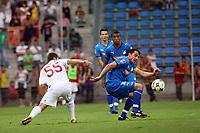 Sabri Sarioglu (Galatasaray) gegen Zsolt Loew (Hoffenheim)<br /> TSG 1899 Hoffenheim vs. Galatasaray Istanbul, Carl-Benz Stadion Mannheim<br /> *** Local Caption *** Foto ist honorarpflichtig! zzgl. gesetzl. MwSt. Auf Anfrage in hoeherer Qualitaet/Aufloesung. Belegexemplar an: Marc Schueler, Am Ziegelfalltor 4, 64625 Bensheim, Tel. +49 (0) 6251 86 96 134, www.gameday-mediaservices.de. Email: marc.schueler@gameday-mediaservices.de, Bankverbindung: Volksbank Bergstrasse, Kto.: 151297, BLZ: 50960101