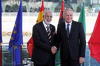 28 oct 2016, Marseille, France - Jean-Marc Ayrault, Ministre des Affaires EtrangËres et co-prÈsident de la 13Ëme rÈunion des Ministres des Affaires EtrangËres du 'Dialogue 5+5 sur la MÈditerranÈe occidentale'. Mohamad Taher Siala, Ministre des Affaires EtrangËres de Libye. # JEAN-MARC AYRAULT RECOIT A MARSEILLE LES MINISTRES DES AFFAIRES ETRANGERES DES PAYS MEDITERRANEENS
