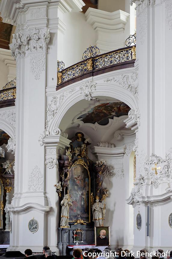 Barocke Klosterkirche Maria Himmelfahrt in Kreszow (Grüssau), Woiwodschaft Niederschlesien (Województwo dolnośląskie), Polen, Europa<br /> Baroque church Assumption of Mary in Kreszow, Poland, Europe