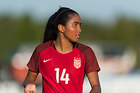 Bradenton, FL - Sunday, June 12, 2018: Smith Hunter during a U-17 Women's Championship Finals match between USA and Mexico at IMG Academy.  USA defeated Mexico 3-2 to win the championship.