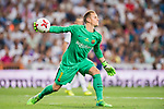 Goalkeeper Marc-Andre Ter Stegen of FC Barcelona in action during their Supercopa de Espana Final 2nd Leg match between Real Madrid and FC Barcelona at the Estadio Santiago Bernabeu on 16 August 2017 in Madrid, Spain. Photo by Diego Gonzalez Souto / Power Sport Images