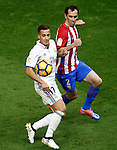 Atletico de Madrid's Diego Godin (r) and Real Madrid's Lucas Vazquez during La Liga match. November 19,2016. (ALTERPHOTOS/Acero)