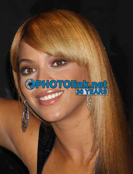 Beyonce 2010<br /> Photo By John Barrett/PHOTOlink