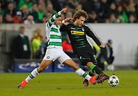 Gladbach, Germany 01.11.2016, Champions League Gruppe C, 4.  match day, Borussia Moenchengladbach - Celtic Glasgow,  Fabian Johnson (Moenchengladbach, R)  -  Emilio Izaguirre (Celtic Glasgow).       .<br /> .
