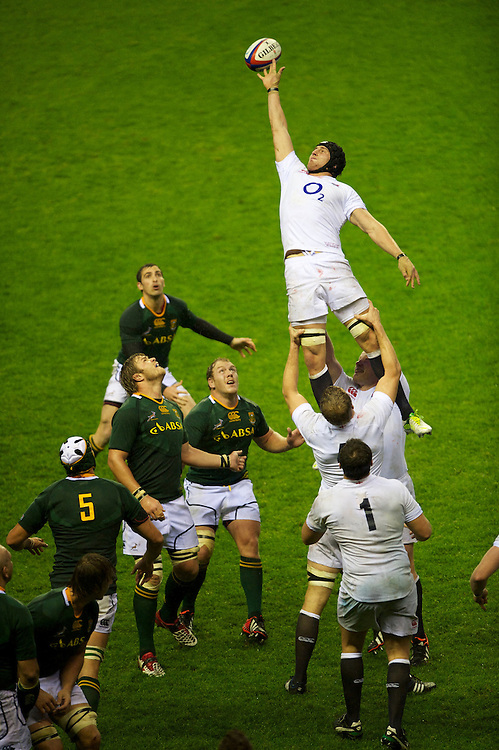 Tom Wood of England in the lineout during the QBE Autumn International match between England and South Africa at Twickenham on Saturday 24 November 2012 (Photo by Rob Munro)