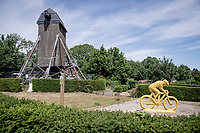 windmill atop the Rode Berg<br /> <br /> cycling hotspots & impressions in Heuvelland<br /> <br /> Cycling In Flanders <br /> Flanders Tourist Board<br /> <br /> ©kramon