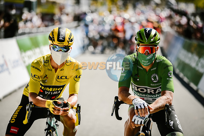 Yellow Jersey Primoz Roglic (SLO) Team Jumbo-Visma and Green Jersey Peter Sagan (SVK) Bora-Hansgrohe line up for the start of Stage 10 of Tour de France 2020, running 168.5km from Ile d'Oléron to Ile de Ré, France. 8th September 2020.<br /> Picture: ASO/Pauline Ballet | Cyclefile<br /> All photos usage must carry mandatory copyright credit (© Cyclefile | ASO/Pauline Ballet)