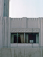 Los Angeles: Dominquez-Wilshire--detail of Zig-Zag Design. Morgan, Walls & Clements.  Photo '82.