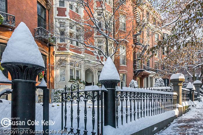 Fresh snow on Beacon Hill, Boston, MA