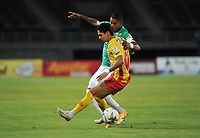 PEREIRA- COLOMBIA, 24-01-2021:Deportivo Pereira y Deportivo Cali en partido por la fecha 2 como parte de la Liga BetPlay DIMAYOR 2021 jugado en el estadio Hernán Ramírez Villegas de la ciudad de Pereria. /Deportivo Pereira and Deportivo Cali in match for the date 2 as part of the BetPlay DIMAYOR League I 2021 played at Hernan Ramirez Villegas stadium in Pereira city. Photo: VizzorImage /Ricardo Vejarano / Cont