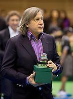06-04-13, Tennis, Rumania, Brasov, Daviscup, Rumania-Netherlands,Award for Illie Nastase