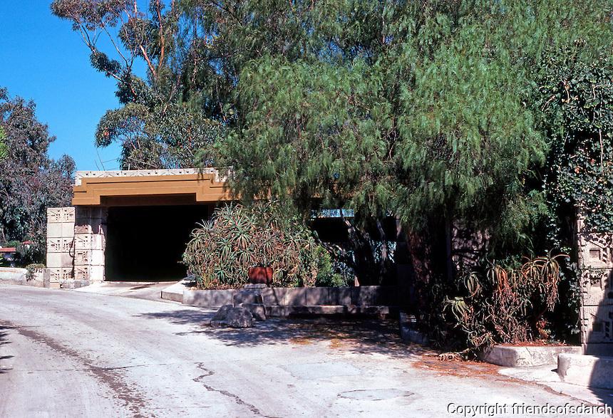 F.L. Wright: Freeman House, Los Angeles. Entrance on Glencoe.  Photo '78.
