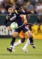 LA Sol's Han Duan moves with the ball. The LA Sol defeated Sky Blue FC 1-0 at Home Depot Center stadium in Carson, California on Friday May 15, 2009.   .
