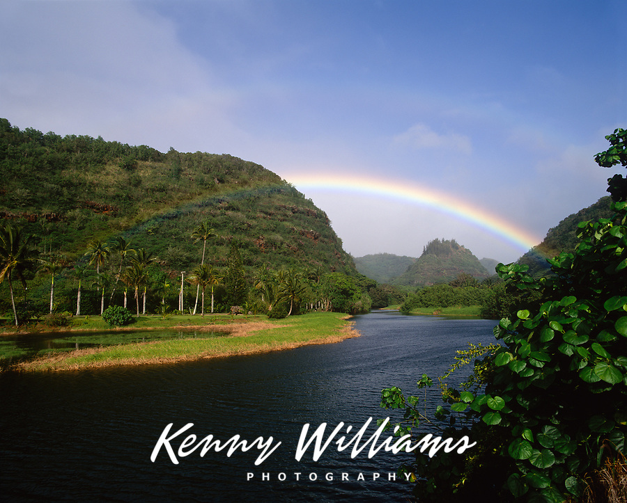 Rainbow over Waimea River, Waimea Valley Park, Oahu, Hawaii. USA.