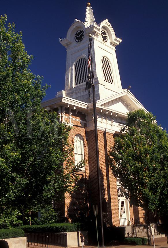 AJ2691, Gettysburg, Pennsylvania, The Courthouse in downtown Gettysburg in the state of Pennsylvania.