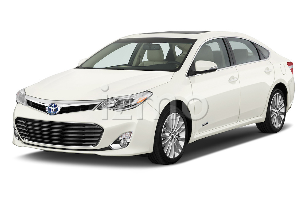 Front three quarter view of a 2013 Toyota Avalon Sedan Limited
