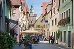 Germany, Bavaria, Middle Franconia, Rothenburg ob der Tauber: Roeder Gate at lane Roedergasse   Deutschland, Bayern, Mittelfranken, Rothenburg ob der Tauber: Roederbogen in der Roedergasse