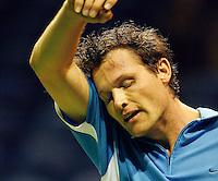 18-2-07,Netherlands, Roterdam, Tennis, ABNAMROWTT, 2nd round qualifiing match, Dennis van Scheppingen works up a sweat