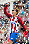 Antoine Griezmann of Atletico de Madrid reacts during their La Liga match between Atletico de Madrid and Granada CF at the Vicente Calderon Stadium on 15 October 2016 in Madrid, Spain. Photo by Diego Gonzalez Souto / Power Sport Images