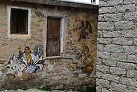 Orgosolo, Nuoro, 2 Gennaio 2018<br /> In onore di Diego Rivera.<br /> Il piccolo centro della Barbagia famoso per i dipinti che adornano le vecchie case del centro storico,e gli edifici di nuova costruzione, piazze e muri del paese. I Murales di Orgosolo narrano di storia, di politica, di vita quotidiana, e di tradizione e di Sardegna.
